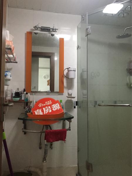 实用的卫生间