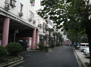 沁春园一村(莘西南路400弄)