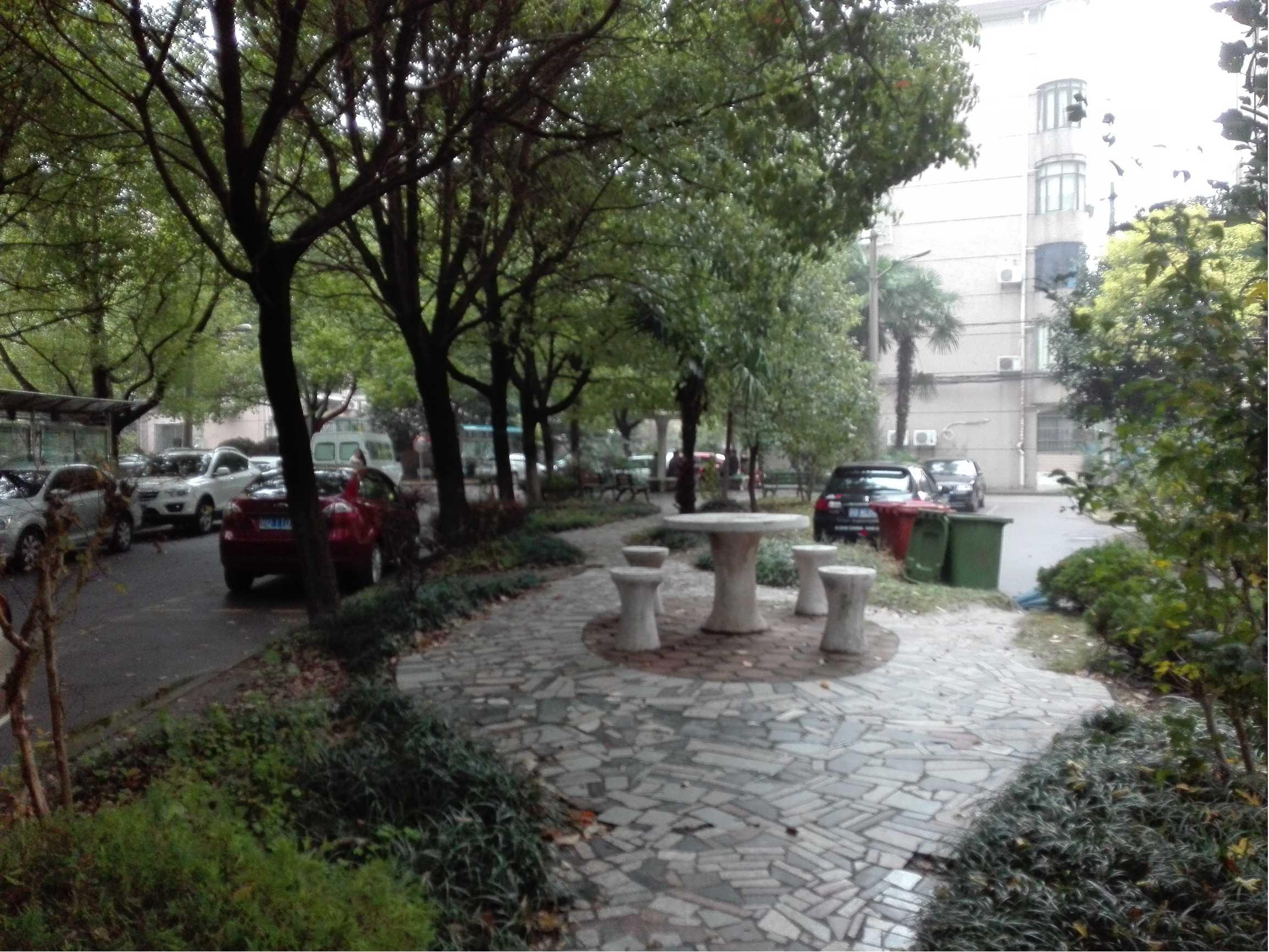 华高二村小区图片